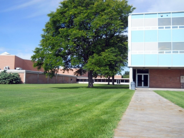 Scottsbluff schools responds to candidate's allegations