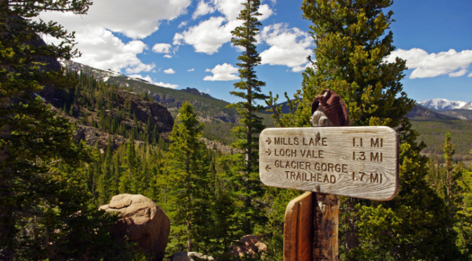 Hiking trails at the Rocky Mountain National Park (iStock/Thinkstock)