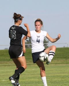 Cougar soccer splits on Saturday