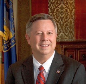 Heineman Discusses International Trade, Announces Conference