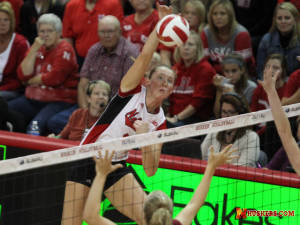 Huskers roll in sweep of Colgate