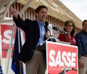 Romney to campaign for GOP Senate hopeful Sasse