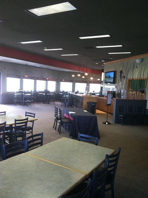 Gering, Munoz agree to new lease at golf course restaurant
