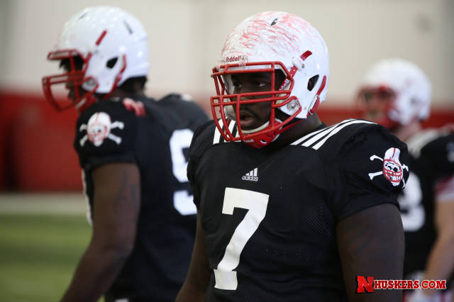 Pelinin praises defensive line heading into Purdue game Saturday