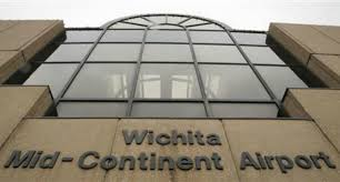 Plane Crashes at Kansas Airport, Killing Four
