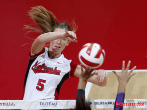 Huskers Win 7th Straight