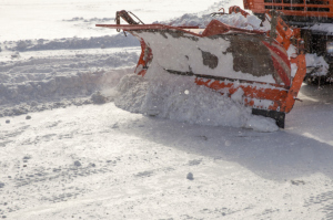 Surprise foot of snow has Bluffs street crews scrambling