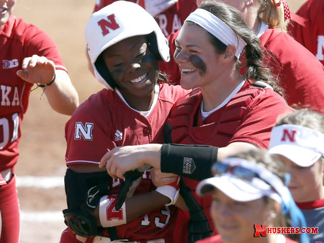 A big first inning lifts Huskers past Michigan State