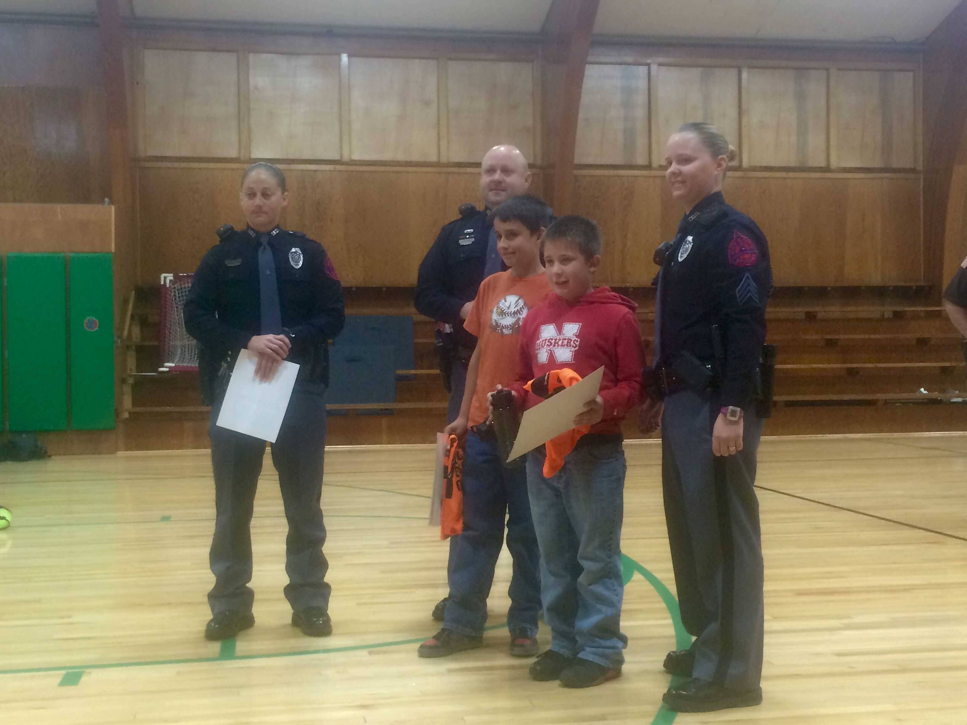 state patrol awards two loomis brothers seat belt survivor rrn cael and kash nebraska state patrol