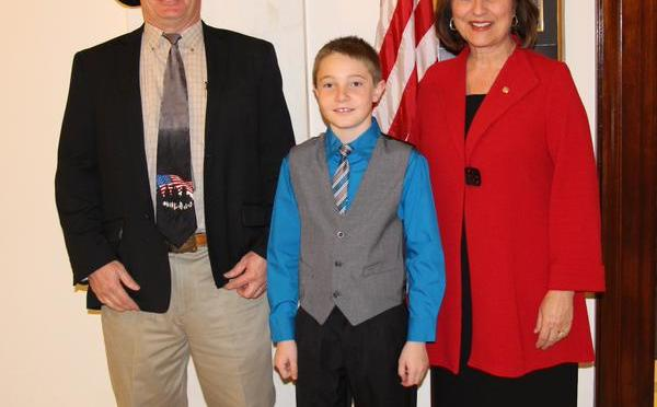 (From L to R) Jeff Metz, Dillon Metz, Deb Fischer (Courtesy U.S. Senator Deb Fischer's Office)