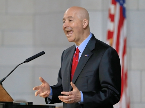 Nebraska Governor Pete Ricketts  addresses state senators (AP Photo