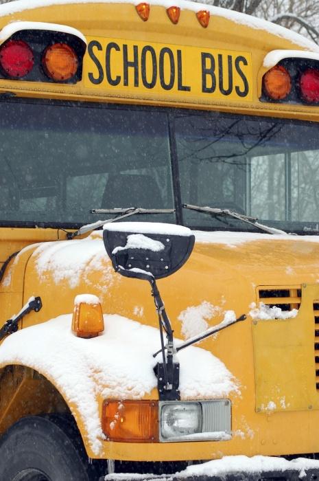Nebraska lawmaker calls for tightening child seat belt laws