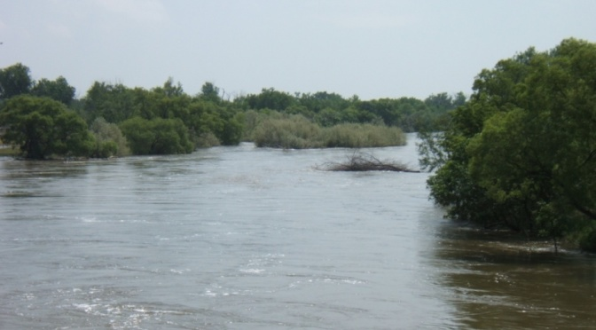 High water levels flow down the North Platte River near Mitchell in June 2010. (Courtesy/National Weather Service)