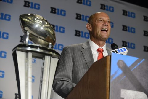 Mike Riley (AP Photo/Paul Beaty)