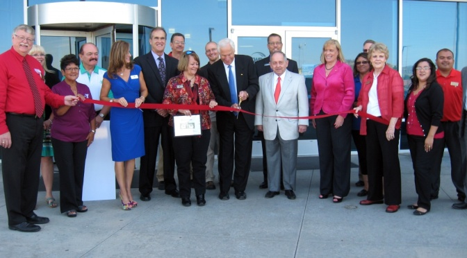 Ribbon Cutting at SWBC Scottsbluff (Mooney/RRN/KNEB)