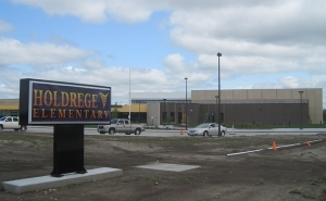 (Audio) New Holdrege Elementary gets thumbs-up