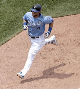 Gordon Back With Royals