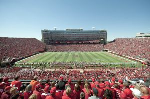 UNL officials urge football fans to be aware of heat, humidity