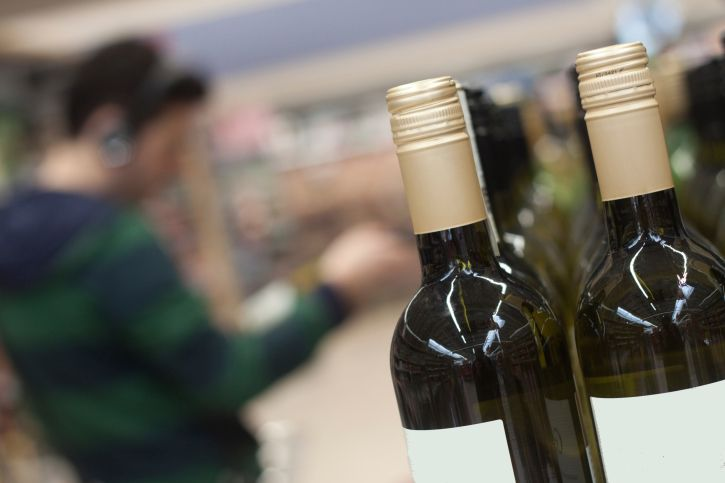 Nebraska liquor sales increase in towns near reservation