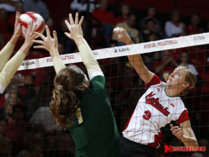 Huskers Fall at No. 13 Ohio State, 3-2
