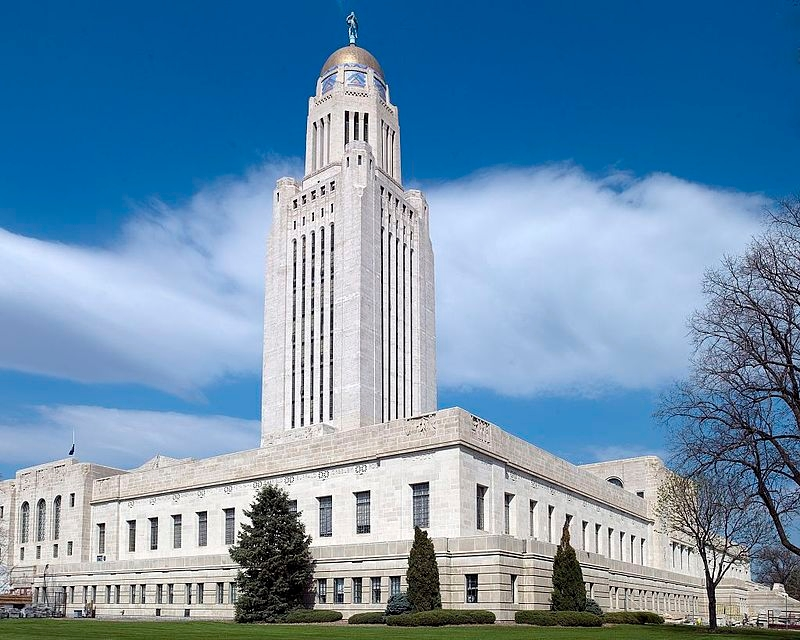Big priorities fall by wayside as Nebraska session nears end