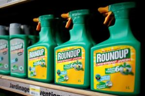 Monsanto to pay $80 million in SEC settlement over Roundup earnings