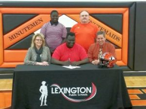 Deing Kug, signs to play football in college