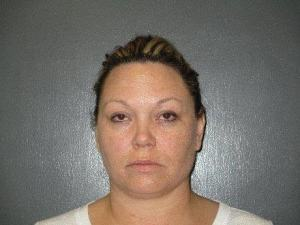 Morrill woman charged with felony theft