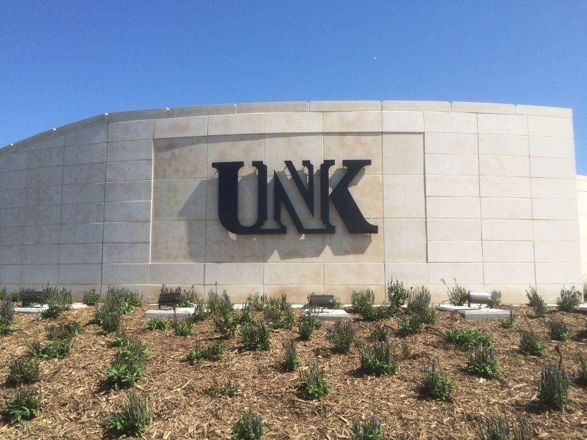 687 to graduate Friday at UNK; Large crowd expected
