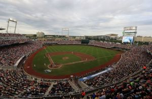 LSU beats Oregon State at CWS, ending 23-game win streak