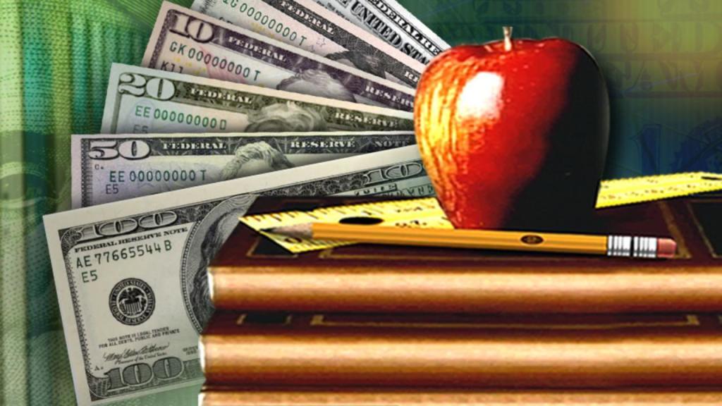 Kansas budget plan protects public schools' aid