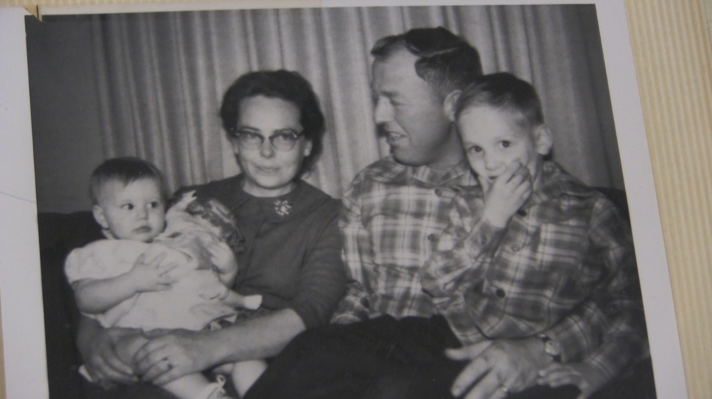 After 40 years of searching, Scotts Bluff County woman finds out who birth family is