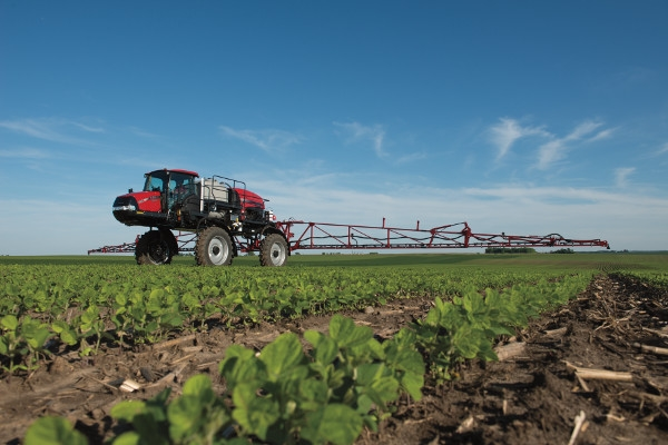 USDA Report Shows Farmers Adding More Nutrients, Pesticides to Soybeans