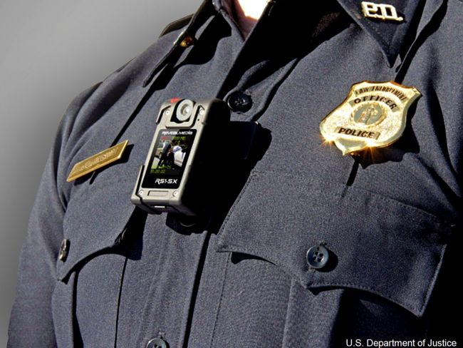 Police seeking to craft officer body camera policy