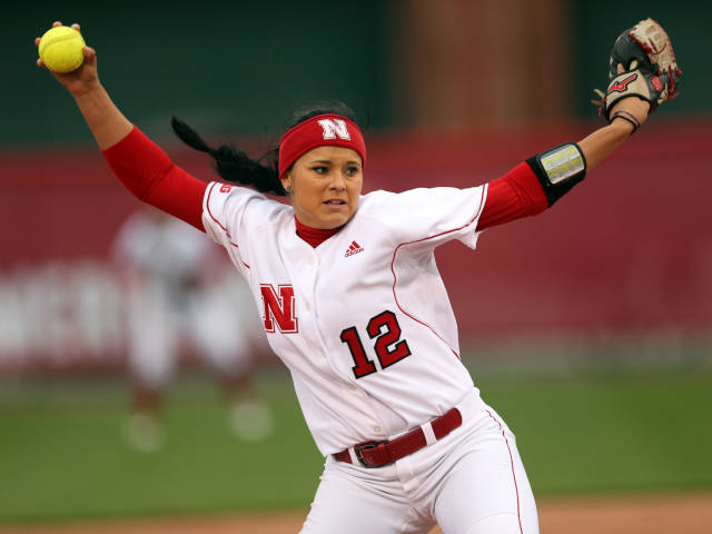 Huskers split with Boilermakers