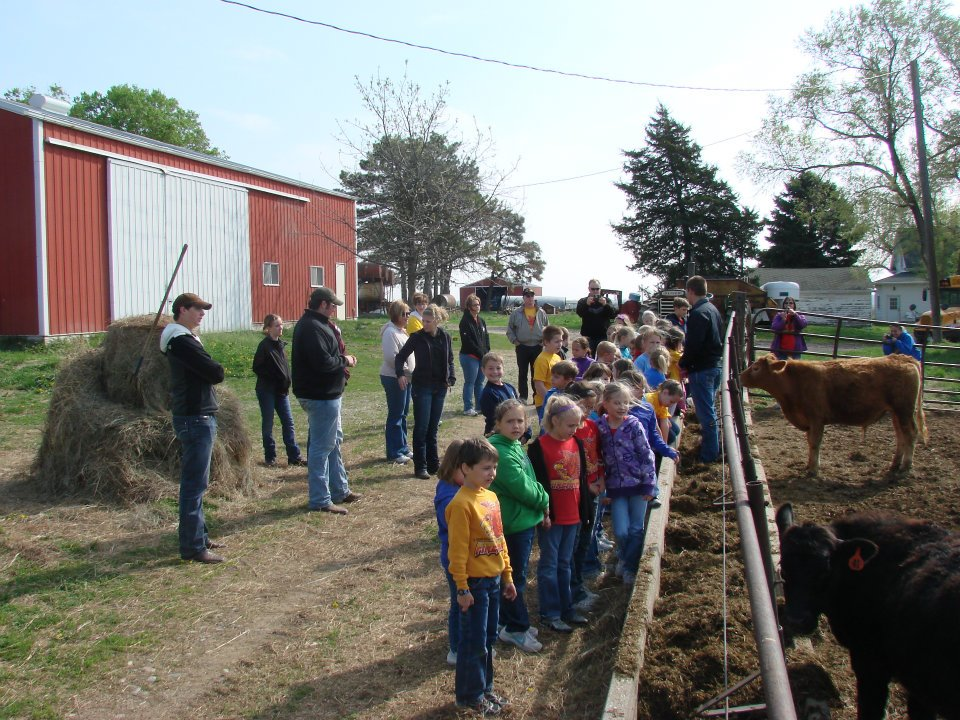 Urban Youth to Experience Life on the Farm