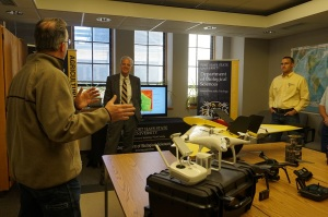 Sen. Moran Discusses UAS Program with FHSU Faculty