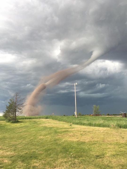 Tornadoes reported near Neb-Colo border