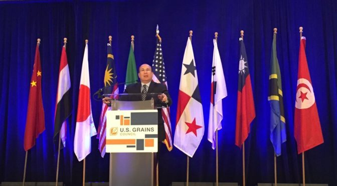 CNBC and MSNBC contributor Rob Insana discussing trade at the the U.S. Grains Council's (USGC's) 56th Annual Board of Delegates Meeting this week. (Image courtesy of USGC)