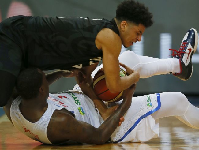 Italy, Latvia advance as group winners in Olympic qualifying
