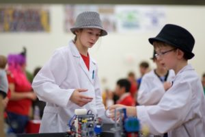 Youth explore STEM fields during Nebraska 4-H summer camp