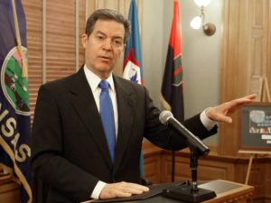 Brownback seeking Kansans' opinions on school funding