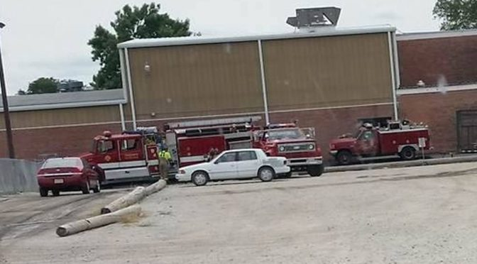 Arapahoe Fire & Rescue respond to fire call in elementary wing of Arapahoe Public Schools Friday afternoon August 26, 2016.  (Photo courtesy of Sherry Cacy)