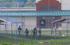 Senators criticize handling of Nebraska prison-riot report