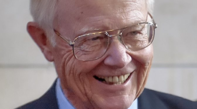 In this March 31, 2004, photo, former third district Rep. Bill Barrett, R-Neb., smiles in Lincoln, Neb., during the annual return of former senators to the state Capitol. Barrett, a conservative Republican who helped shape farm policy in the 1990s, died Tuesday, Sept. 20, 2016, in his hometown of Lexington, Neb.  He was 87. Barrett represented western Nebraska for a decade in Congress and was known for his willingness to compromise. (AP Photo/Nati Harnik)