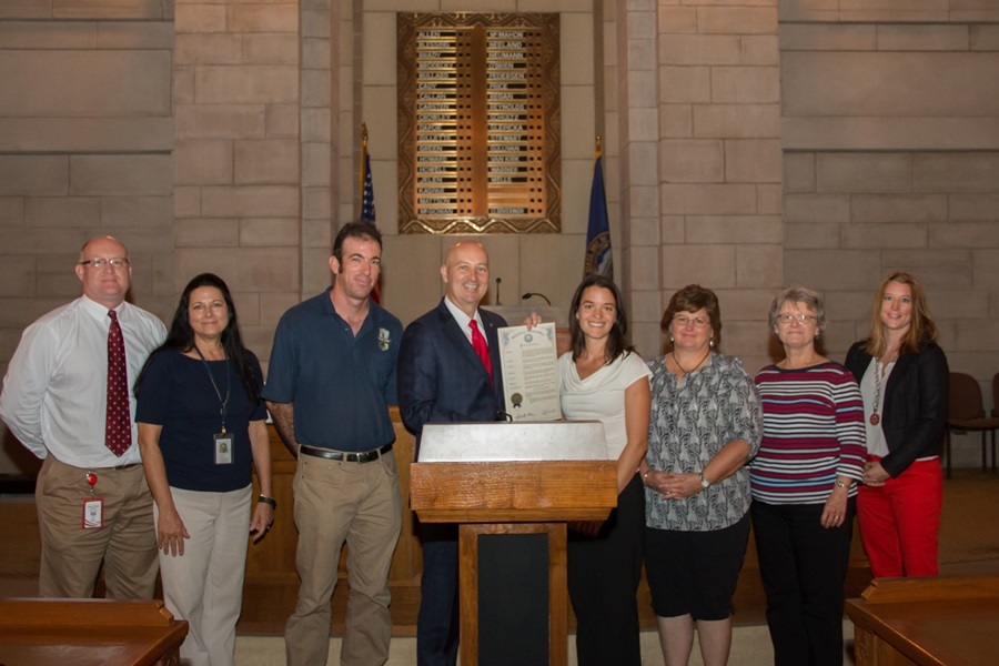 Ricketts Proclaims October Farm to School Month in Nebraska