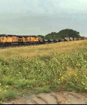 Train cars derail near Lake McConaughy