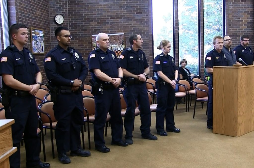 Gering council salutes police department