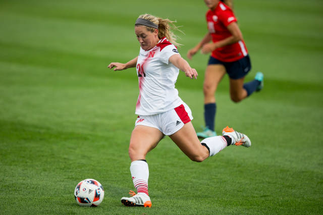 Huskers Fall to No. 13 Clemson