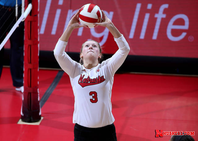 Hunter Selected B1G Setter of the Week